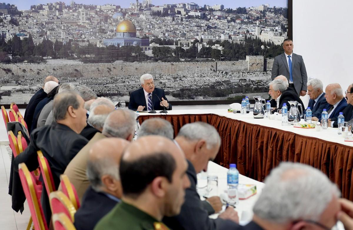 تعديل وزاري واسع أو حكومة وحدة مطروحان على الطاولة