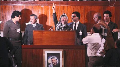 15.11.1988 يوم اعلان الاستقلال من الجزائر