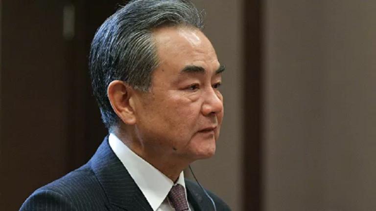 """الصين تحذّر من """"مواجهة"""" مع واشنطن بعد إغلاق قنصليتي البلدين"""