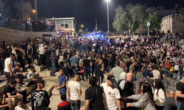 الاحتلال يقرر.. باب العمود مفتوح أمام المستوطنين فقط اعتبارًا من الأحد